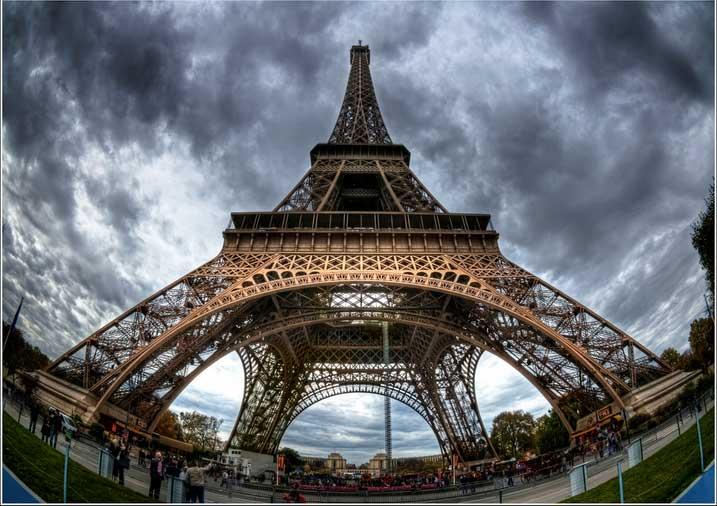 Barclays Arrival Card Eiffel Tower