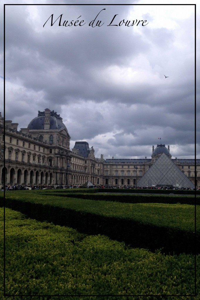 Louvre-cloudy