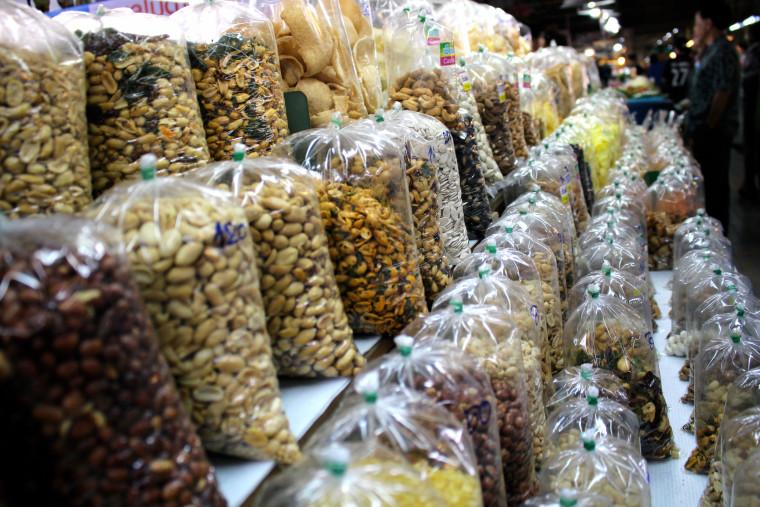 bags-of-snacks