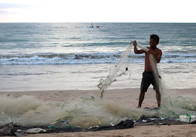 beach-bali-fish-net