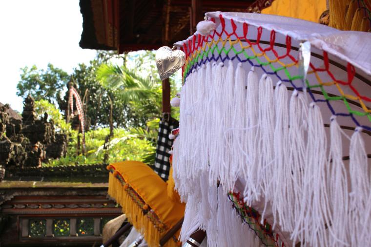 temple-umbrella