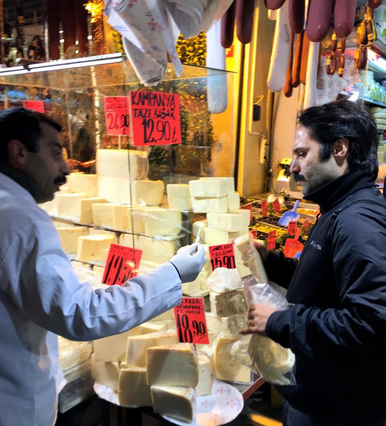 Cenk-buying-cheese