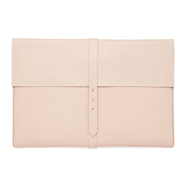 cuyana-laptop-sleeve
